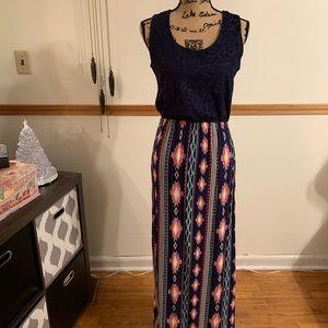 Women's maxi dress sleeveless